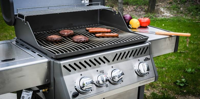 How Long Do Gas Grills Usually Lasts?