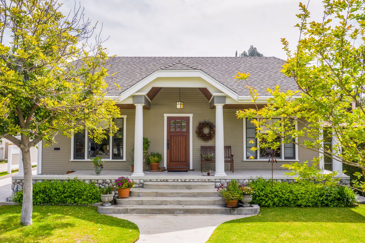 The Different Types of Home Warranties and How They Work