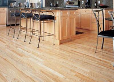 7 Advantages of Solvent-Based Finish for Flooring