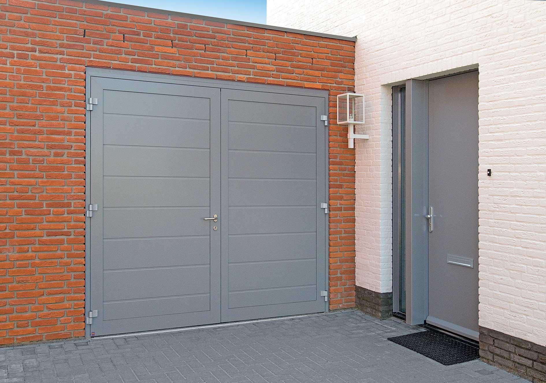 How to Choose the Right Garage Door Material for You
