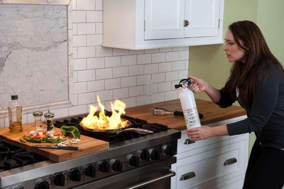 Kitchen Fires - What to Do and When to Call for Help | Interior ...