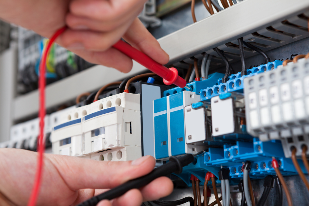 Why hiring a licensed electrician for your home makes sense?