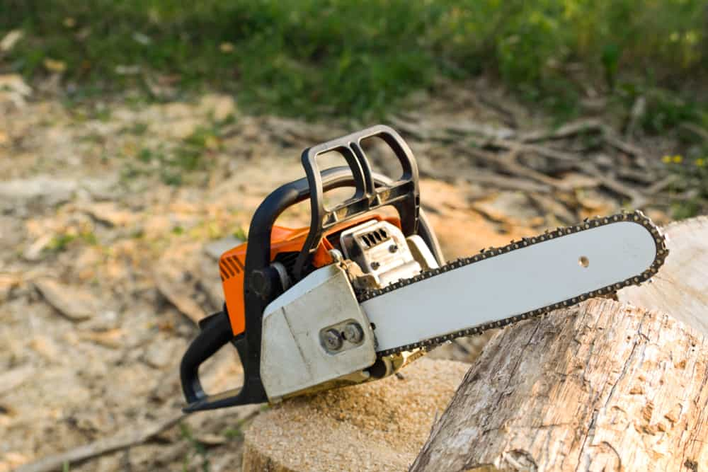Important Factors to Consider When Choosing a Chainsaw