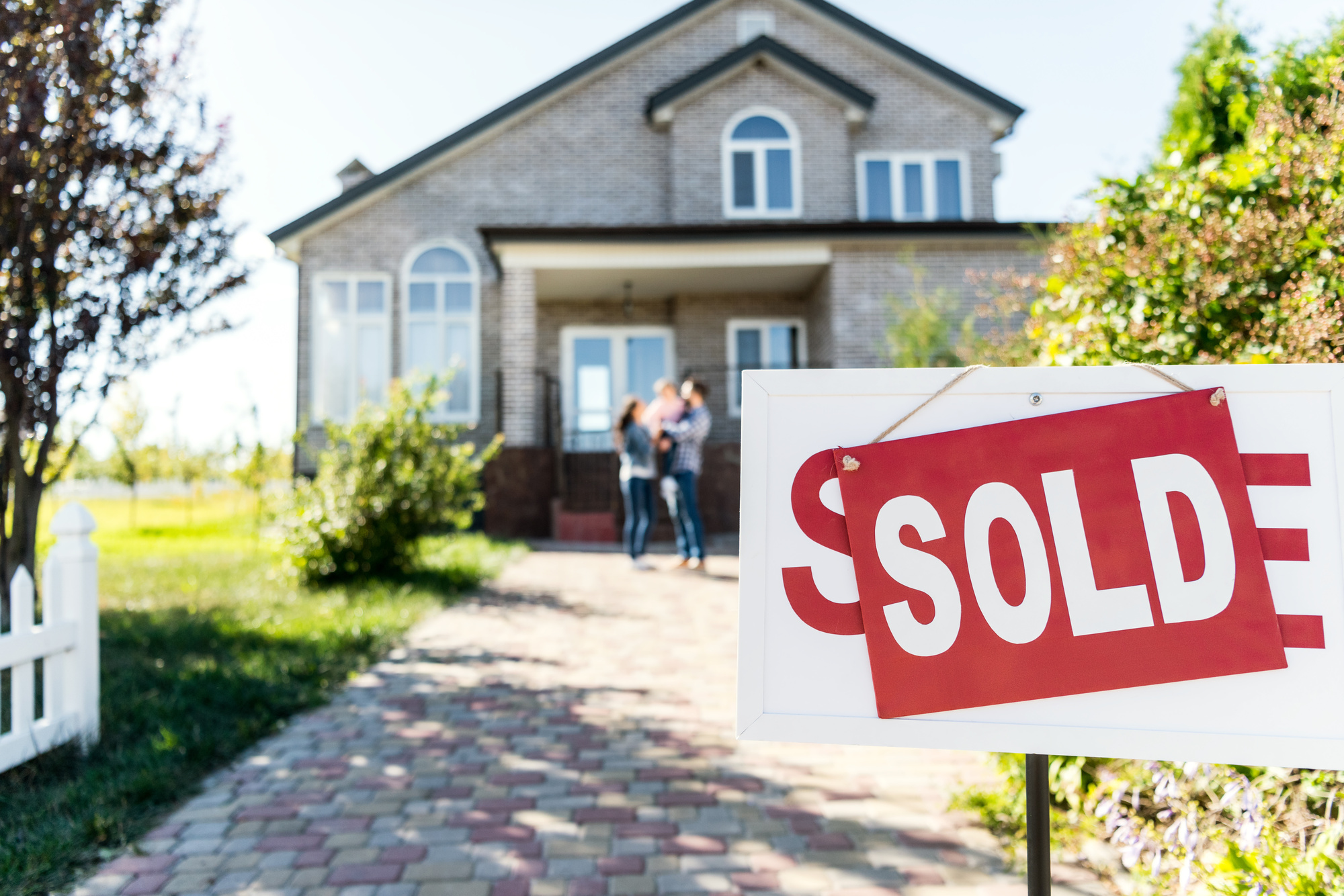 How Long Does It Take to Sell a House? The Complete Guide