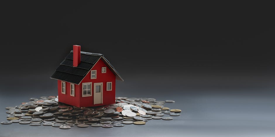 What Are the Benefits of Buying Versus Renting a Home?